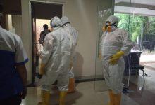 Photo of Diduga Staf Terjangkit Covid-19, Gedung DPRD Medan Disemprot Disinfektan