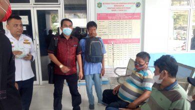 Photo of Anggota DPRD Medan Datang, Uji Kir di Dishub Langsung Selesai