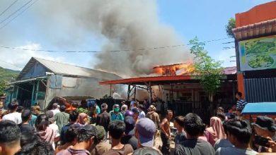 Photo of Rumah Milik Penarik Becak di Sibolga Ludes Terbakar
