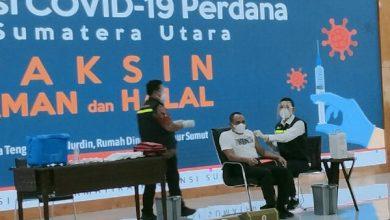 Photo of Edy Rahmayadi Perdana Divaksinasi Covid-19, Disusul Kapoldasu