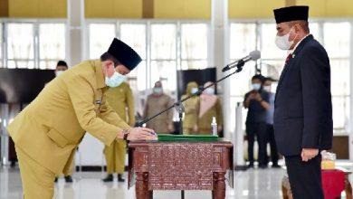 Photo of Gubernur Sumut Kukuhkan 40 Pejabat Eselon II dan III