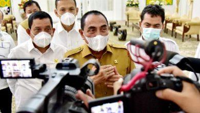 Photo of Gubernur Harapkan tidak Ada Penolakan Vaksinasi