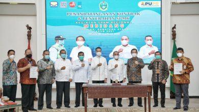 Photo of Akhyar Dampingi Gubsu Saksikan Penandatanganan Kontrak & SPMK SPAM Regional Mebidang