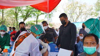 Photo of Wali Kota Medan Apresiasi Antusias Pedagang Pasar Titi Kuning Ikut Vaksinasi Covid-19
