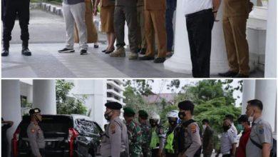 Photo of Pemkab Labuhanbatu Jemput Vaksin Sinovak Covid-19 ke Dinkes Sumut