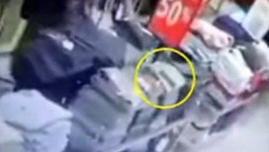 Photo of Video Hilangnya Ponsel di Mall Suzuya Beredar, Siti : Dipotong Itu