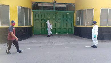 Photo of Brimob Polda Sumut Semprot Disinfektan 2 Fasum