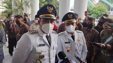 Photo of Ayo Sampaikan Keluhan, Bobby-Aulia Siapkan Waktu 1 Jam Setiap Hari di Balai Kota Medan