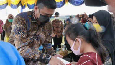 Photo of Wali Kota Medan Harapkan Siswa Manfaatkan Laptop untuk Belajar Daring