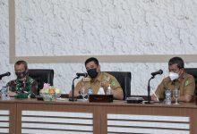 Photo of Vaksin Tahap Kedua, Wali Kota Medan Prioritaskan Lansia dan Petugas Pelayanan Publik