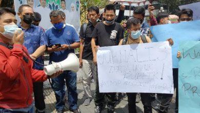 Photo of Wartawan Demo Wali Kota Medan Tuntut Evaluasi Pengamanan Dinilai Halangi Peliputan