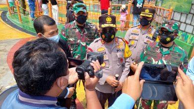 Photo of Tinjau Mikie Holiday, Pangdam dan Kapolda Ingatkan Taati Prokes