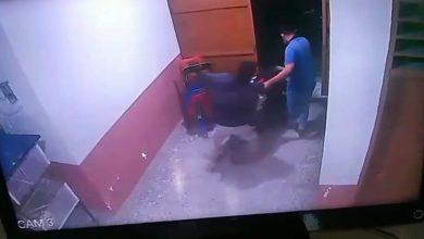 Photo of Dua Pria Maling Sepeda Motor Terekam CCTV