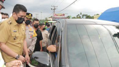 Photo of Cegah Covid-19, Bobby Nasution Tinjau Penyekatan Batas Kota