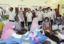 Photo of Bupati dan Kapolres Asahan Tinjau Pelaksanaan Vaksinasi Massal di Aek Songsongan