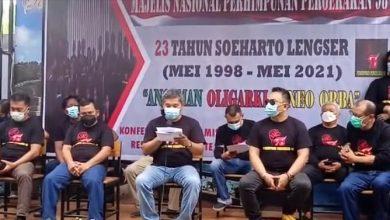 Photo of Desakan Tutup TPL, Aktivis 98 Singgung Kemenangan Jokowi di Sumut