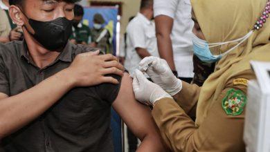 Photo of Bobby Nasution Targetkan 70 Persen dari 1,8 Juta Jiwa Warga Medan Divaksin