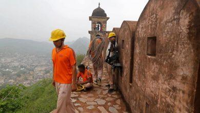 Photo of 11 Wisatawan India Tewas Disambar Petir Saat Berfoto Selfie